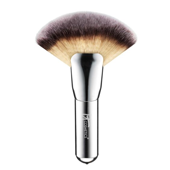 Heavenly Luxe™ Mega Fan Brush #9